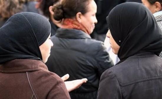 Sorties scolaires : François Hollande opposé aux mères voilées