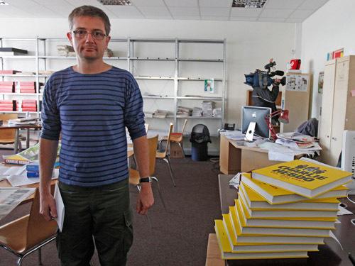 Une lettre posthume écrite par Stéphane Charbonnier, alias Charb, l'ex-directeur de Charlie Hebdo, va paraître en avril et relance déjà le débat sur la question de l'islamophobie.
