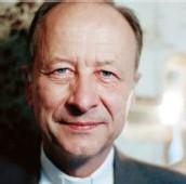 Mgr Michel Dubost, évêque d'Evry (Essonne)