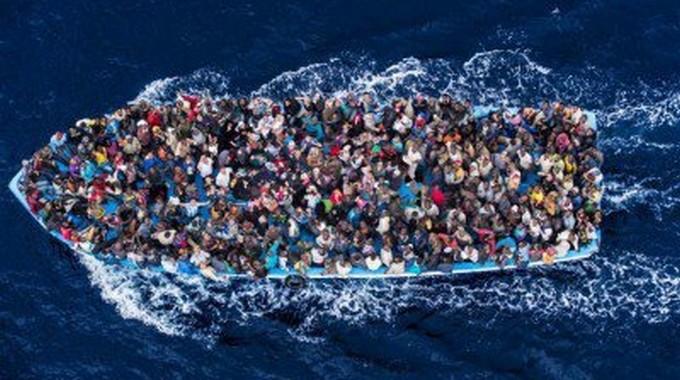Naufrages en Méditerranée : « La presse française simplifie à outrance »
