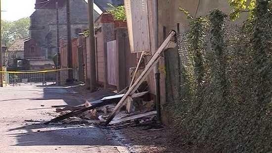La rue de Pargny-sur-Saulx où l'incendie s'est déclaré est bouclée. © France 3 Champagne-Ardenne