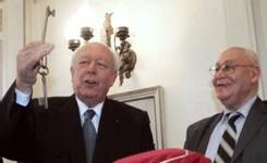 Le sénateur-maire UMP Jean-Claude Gaudin et le président de l'association La Mosquée de Marseille Nordine Cheikh