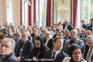Plus de 150 personnalités musulmanes étaient présents à la première réunion de l'instance de dialogue avec l'islam. © Saphirnews