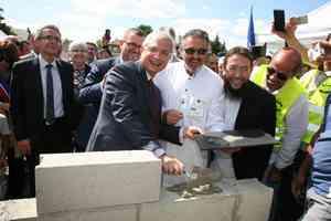 Mosquée de Montfermeil : la première pierre posée sans le maire