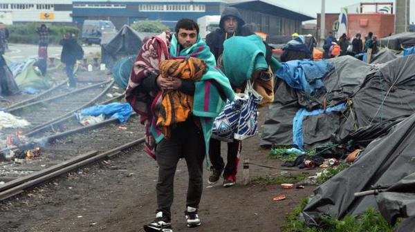 Calais : des ONG avec le Secours islamique sur le terrain de l'urgence