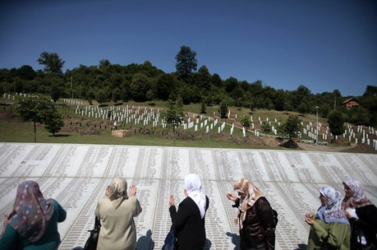 Srebenica : 20 ans après, la Serbie nie toujours le génocide