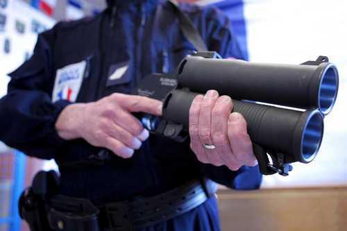 Argenteuil : un ado blessé par un tir de flashball, la bavure policière dénoncée