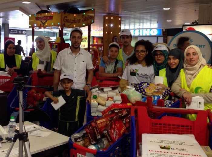 """L'opération """"Paniers Solidaires"""", organisée à Stains par la mosquée locale, a permis à 150 familles de bénéficier de denrées non périssables pendant le mois du Ramadan."""