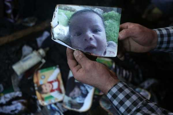 Un bébé de 18 mois a péri, vendredi 31 juillet, dans l'incendie d'une maison dans un village de Cisjordanie.