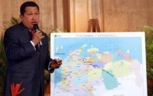 """Hugo Chavez expliquant les détails de l'""""opération Emmanuel"""""""
