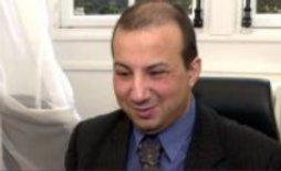 Hamou Bouakkaz, chargé de l'inclusion des personnes handicapées et conseiller spécial pour les questions liées à l'islam auprès du maire de Paris Bertrand Delanoë