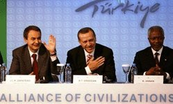 M.Zapatero, M.Erdogan et M. Ki Moon ont assistés au 1er forum de l'Alliance des civilisations