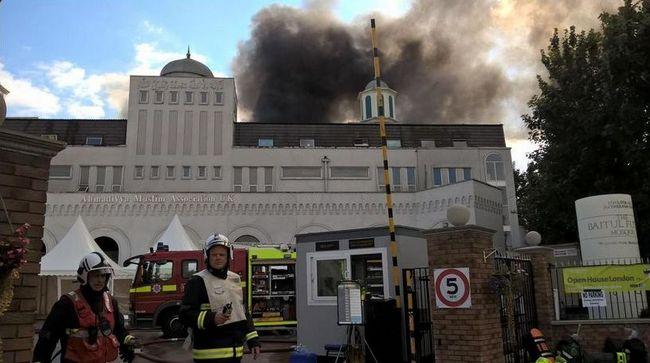 La plus grande mosquée de Londres a été victime d'un incendie le 26 septembre. © London Fire Brigade
