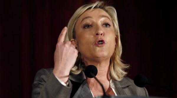 Prières de rue : la relaxe requise pour Marine Le Pen