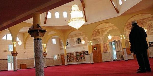 Menaces, bagarre... A la mosquée de Lunel, rien ne va plus