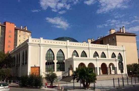 Le Conseil d'Etat a ordonné à la municipalité FN de Fréjus (Var), le 9 novembre, l'ouverture de la mosquée.