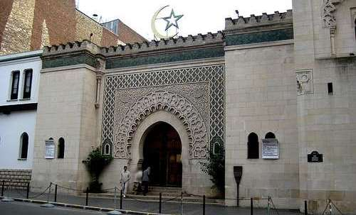 Attentats de Paris : un hommage religieux à la Grande Mosquée de Paris