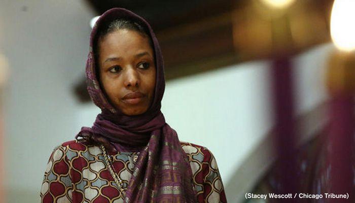 Larycia Hawkins, enseignante, a été suspendue par l'université évangélique de Wheaton après son appel à la solidarité aux musulmans lancé le 10 décembre.