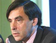 François Fillon en appelle à 'ne pas mélanger les enjeux'