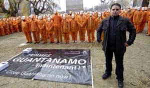 Mourad Benchellali dans un rassemblement pour la fermeture de la prison de Guantanamo