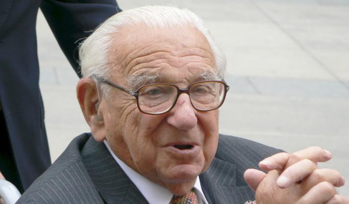 Le Britannique Nicholas Winton a sauvé 664 enfants de l'Holocauste.