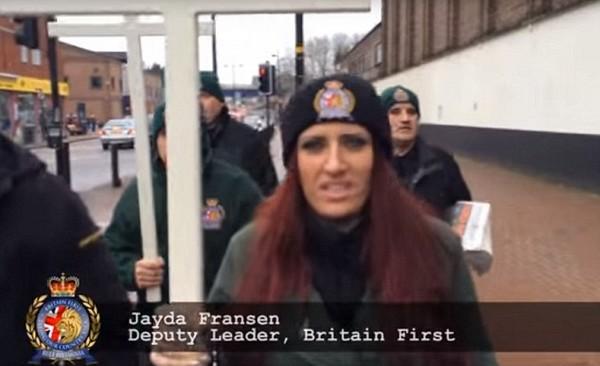 Une « patrouille chrétienne » à la chasse aux musulmans en Angleterre (vidéo)