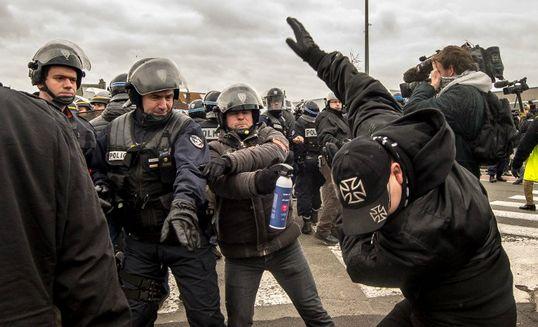 L'appel de Pegida contre les réfugiés fait un bide en Europe