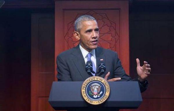 Le président des Etats-Unis Barack Obama s'est rendu pour la première fois depuis son élection à la Maison Blanche dans une mosquée américaine, ici celle de Baltimore mercredi 3 février. © ISB
