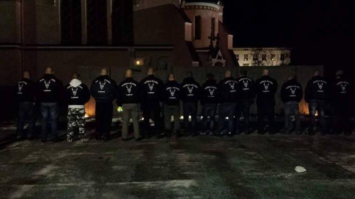 Les soldats d'Odin sont une milice créée en Finlande en octobre 2015 en réaction à l'afflux de réfugiés du Moyen-Orient.