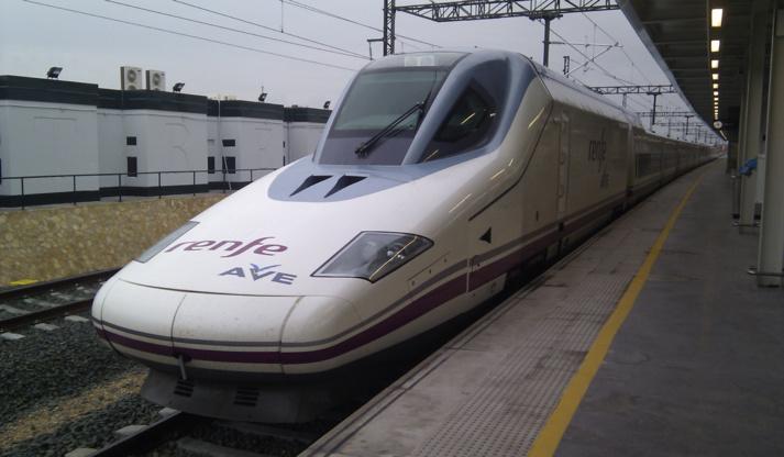 La Renfe, sncf version espagnole est membre du consortium chargé de mettre en place la ligne TGV Médine-La Mecque.