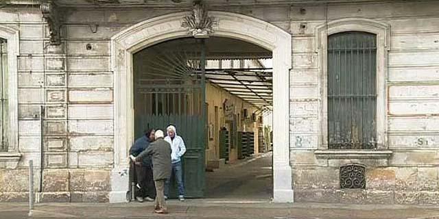 Les fidèles espèrent obtenir de la mairie un délai pour financer le rachat de l'immeuble.
