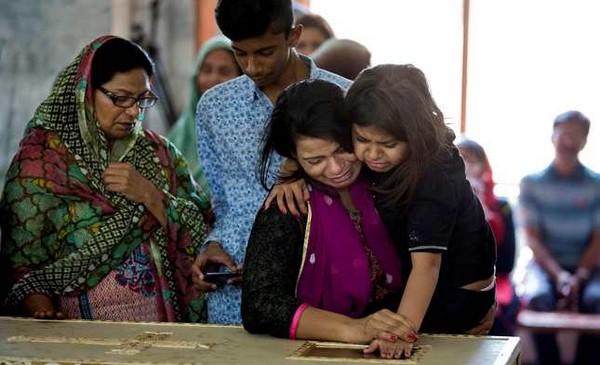 Pakistan : chrétiens et musulmans endeuillés après le carnage à Lahore