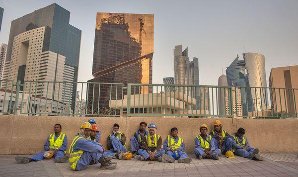Qatar 2022: Amnesty dénonce les conditions de vie « désastreuses» des ouvriers