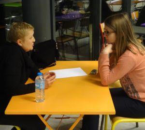 La Bibliothèque vivante a été expérimentée avec succès en janvier 2016 au sein de l'Université de Lille 3.