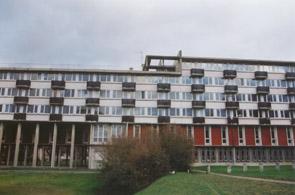 Pendant plus de trente années une salle de la résidence universitaire d'Antony était mise à la disposition des étudiants musulmans pour l'exercice de leur culte