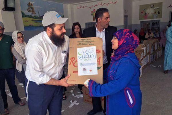 Maroc: juifs et musulmans s'associent pour la distribution de colis pour Ramadan