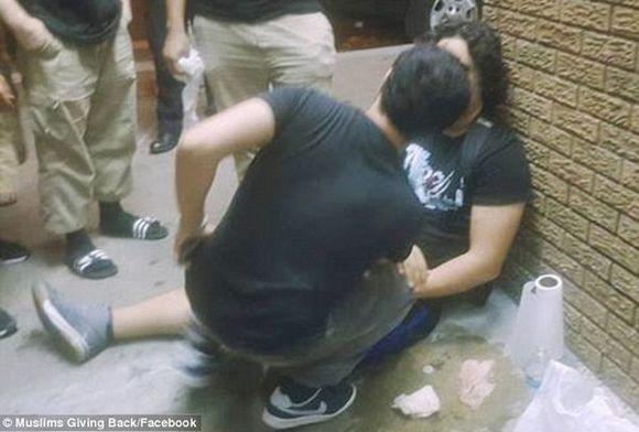 New York : des adolescents musulmans tabassés devant une mosquée