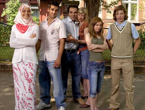 La famille recomposée de la série allemande 'Family mix'