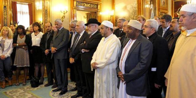 Les autorités religieuses de la ville de Nice unis lors d'une présentation officielle des vœux à la mairie.