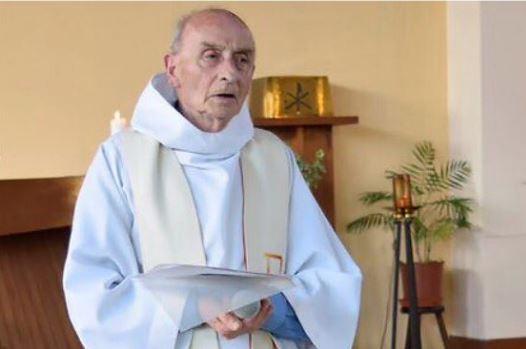 Saint-Etienne-du-Rouvray : pensées religieuses à la mémoire du prêtre assassiné