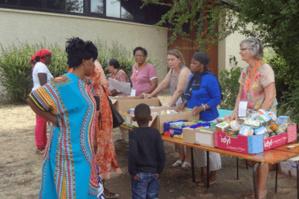 Les colis-repas d'ASA sont majoritairement préparés avec des produits achetés à la Banque alimentaire et des dons en nature de commerçants.