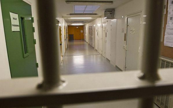 Le regroupement des détenus radicalisés en prison abandonné