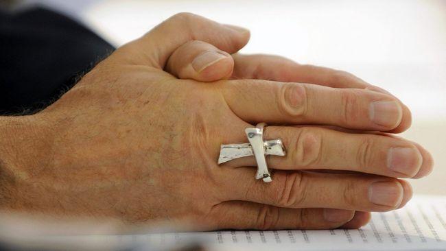 Le grand pardon des évêques de France aux victimes de prêtres pédophiles