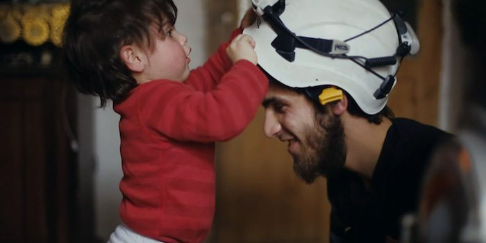 Image extraite du documentaire The White helmets d'Orlando von Einsiedel