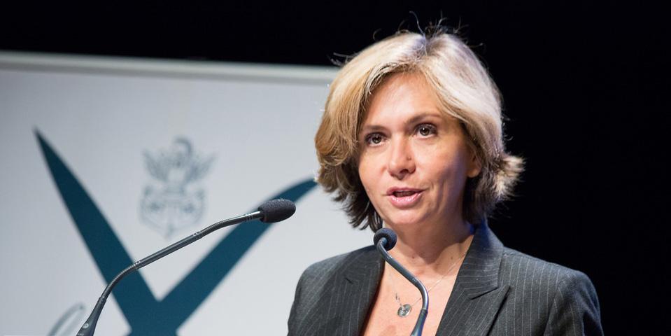 Ile-de-France : Valérie Pécresse impose l'usage du français sur les chantiers