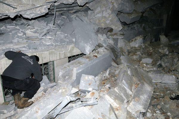 Une mosquée du village d'Al-Jineh de la province d'Alep a été détruite, jeudi 16 mars au soir, par une frappe américaine, faisant au moins 46 morts. © Syria Charity