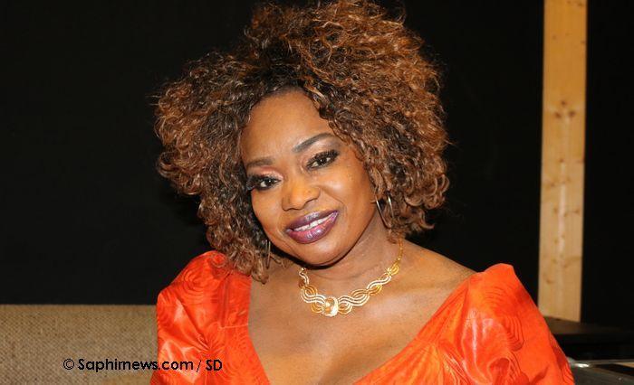 Oumou Sangaré sera en concert le 31 mars à la Grande Halle de La Villette pour son unique date française. © Saphirnews.com / SD.