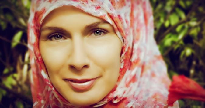 Karima Mondon est professeure, formateure académique et présidente de l'association Éducation en héritage. (photo D.R.)