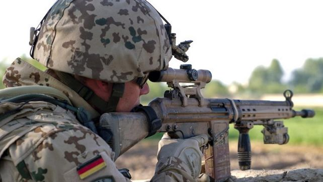 Un soldat allemand déguisé en réfugié projetait de commettre un attentat
