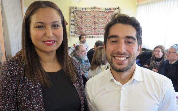 La candidate France insoumise Farida Amrani et son suppléant Ulysse Rabaté se présentent dans la 1e circonscription de l'Essonne face à Manuel Valls.